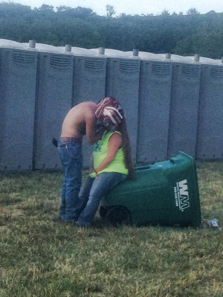 Redneck Love!