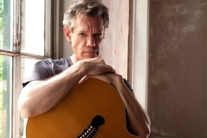 Randy-Travis-Photo