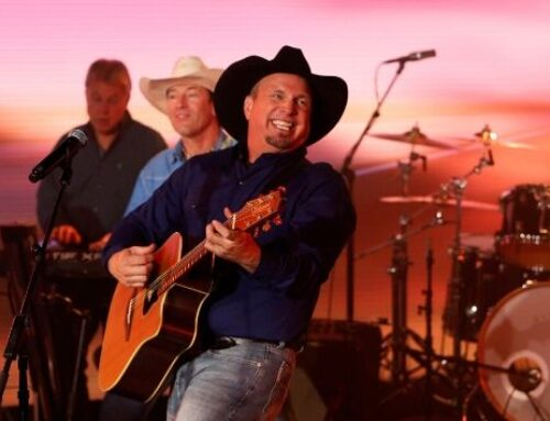 Garth Brooks and Trisha Yearwood team for CBS special Garth & Trisha Live!
