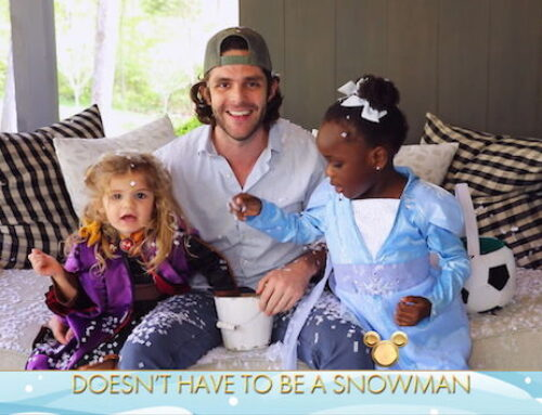"Thomas Rhett hopes to raise his Black daughter to have ""open conversations"" and ""grow up proud of herself"""
